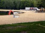 Freibad Jungfernheide: leerer Strand