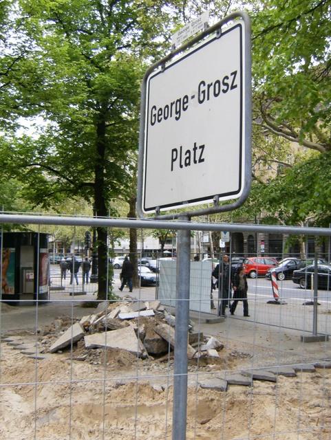 Bauarbeiten am George-Grosz-Platz oben am Ku'damm