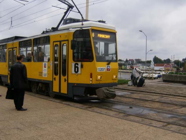 alte BVG-Straßenbahn (Tatra KT4)
