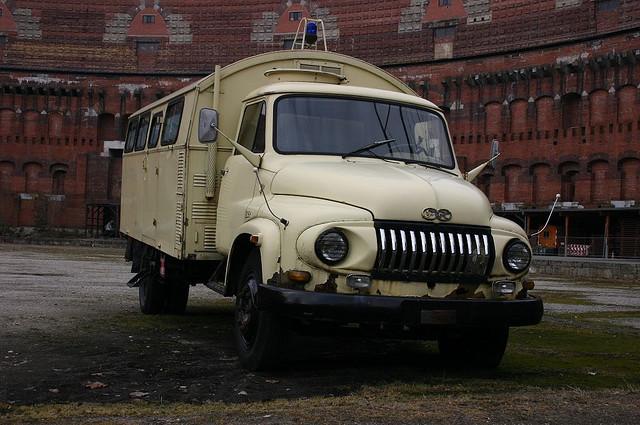 Ford LKW FK Reihe von ca. 1955 im Reichsparteitagsgelände Nürnberg - März 2006