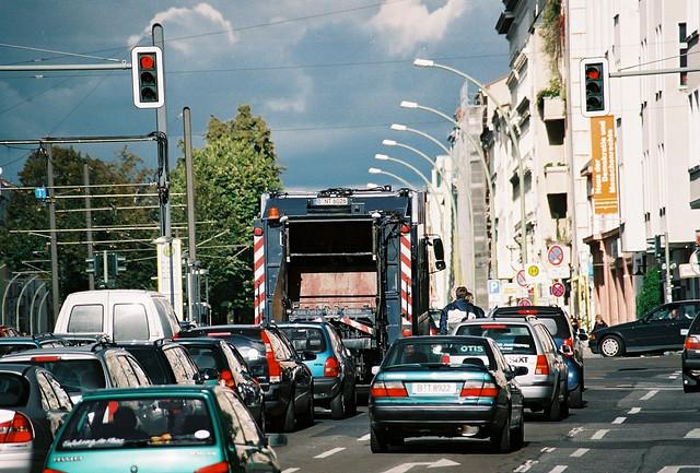 Rote Ampel auf der Greifswalder - April 2004