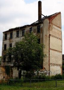 verfallenes dings in leipzig, sachsen (juni 2006)