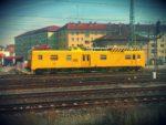 Gelber Zug in Bamberg.