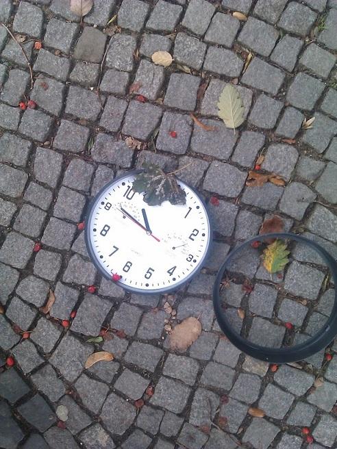 ... die Zeit ist aus den Fugen ...