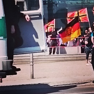 die DDR-Fahne auf der Nazidemo erzählt viel über die Teilnehmer #b0705
