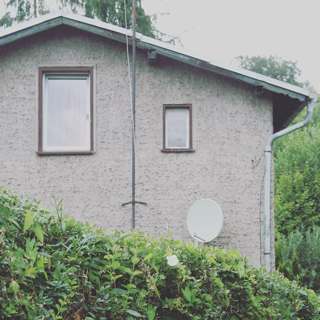 trauriges Haus #iseefaces